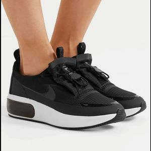 NEW ~ NIKE Air Max Día Winter Sneakers